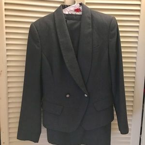 Ann Taylor Size 8 Gray Wool Skirt Suit